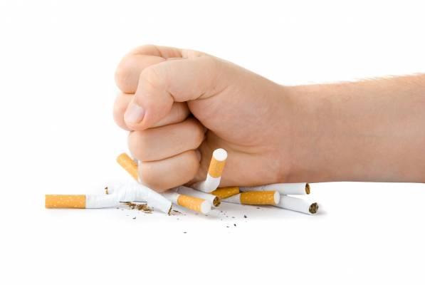 Ya es posible dejar de fumar en Farmacia Ana del Pino